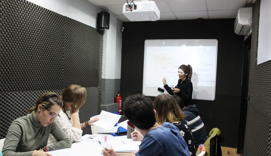 cursos-portugues-sabados-domindos-fin-de-semana-intensivo-portuguesalia